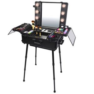 Accessories - Hollowed Stylist Professional Make Up Suitcase